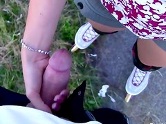 Rollerskating chick sucks cock outdoors