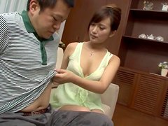 Cute Tsuna Nakamura gives an amazing POV blowjob