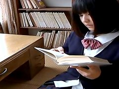 Cute Japanese college chick looks sexy in her uniform