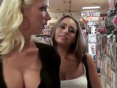 Watch the video where Elena Cole, Molly Cavalli and Renna Ryann are going to make their