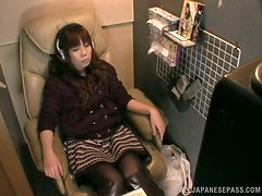 Horny Japanese chick watch the TV and masturbates