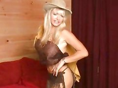 Cowgirl Vicky Vette just pleases herself