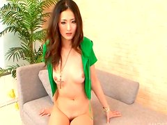 Sizzling Japanese babe Risa Murakami gives a head with spoiled mouth