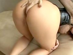 Healthy Dana DeArmond entreats for One Astonishing ball batter explosion onto her craving Mouth