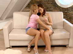 A duo of delicious dolls fingering one another's fannies