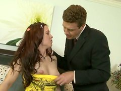 Sex-starved babe can't imagine her life without giving blowjobs