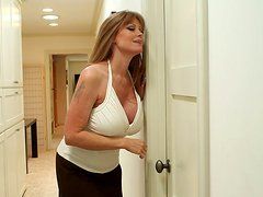 Milf - Sexy mature whore Darla Crane gives a nice blowjob