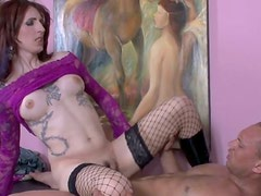 Insatiable transsexual dude gets his anus fucked