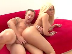 Gina Lynn bikini model and hardcore sex