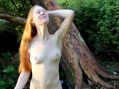 Fucking my GF in nature