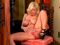 Busty blondie Lacy Spice plays with her pussy like never before