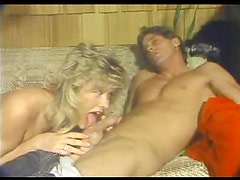 Retro fuck with blonde on her couch