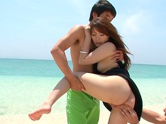 Tasty looking MAYUKA AKIMOTO gets her muf finger fucked while giving a head