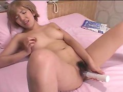 Sexy toy and finger fucking Japanese solo girl