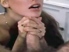 She gives a hot BJ and gets a facial
