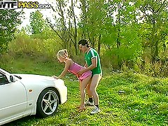 Amazing Blowjob in the Car and Outdoors Sex with Nasty Blonde Amateur