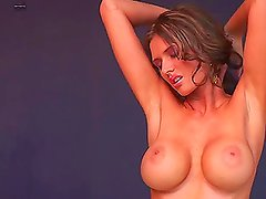 Amanda Hanshaw is an exclusively hot babe with some nice tits