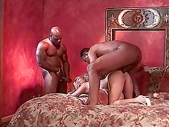 Leslie Rene the sexy blonde babe gets threesomed by Black guys