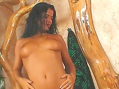Sexy babe gets her wet body fondled by Leslie Taylor and lets him fuck her holes