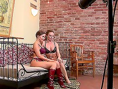 Cindy Dollar and Silvia Saint licking each other after watching TV