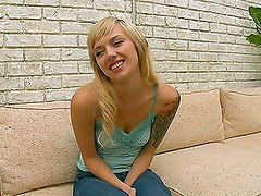 Emma Mae is blonde slim girl and she's praticing handjob