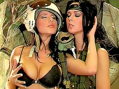 Two military women Jana R. and Suzie Diamond toy each others pussies
