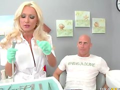 Dentist slut wants his dick