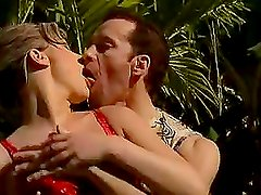 Holiday Fuck In The Jungle For Amateur Couple
