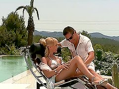 Sexy Blonde Cum Swallow After Hardcore Outdoor Sex