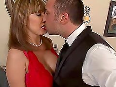Ava Devine is the Devil On The Prowl
