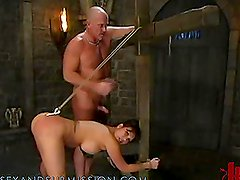 Brunette Gets a Hot Torture in the Dungeon