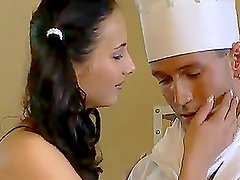 Cum Swapping Sluts Paying the Compliments to the Chef with Threesome