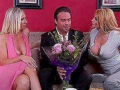 Hot Threesome With The Blonde Milfs Taylor Wane And Devon Lee