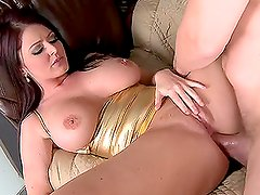 Hardcore Fuck for Busty Slut Sophie Dee in Moving Day