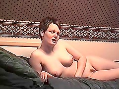 Amateur Teen Babe in a Blowjob Sex Tape