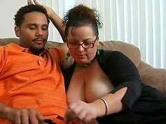 Fulgy fat mom Shianna sucks black meat pole for cum