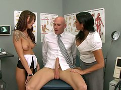 Slutty doctors Chayse Evans & Raylene treat the patient with a stout blowjob