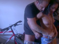Mutual oral pleasures with delectable exotic slut Kaylani Lei