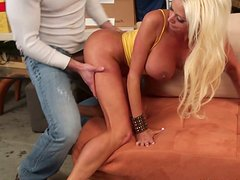 This dude tries his best to satisfy ever-hungry pussy of Nikita Von James