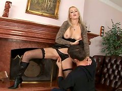Caucasian blonde chick Genevieve seduced to give a blowjob