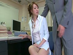 The boss seduces his assistant and playing with her privates