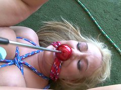 Blonde whore Melanie Monroe was on garage sale when kinky dick met her