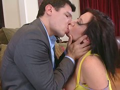 Busty brunette Jayden James' mouth is a paradise