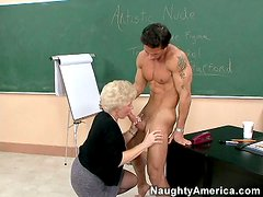 Abuelita - Mrs Jewell hot clusses and skillful blowjob