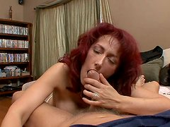 Redhair ugly slut Nikki Sinn is giving tremendous blowjob
