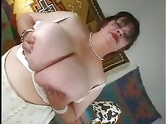 Abuela - Granny with huge massive giant boobs