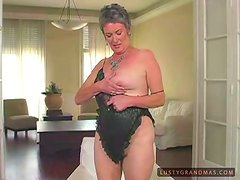 Mature slut Etta gets her hairy cunt fucked hard in the living room