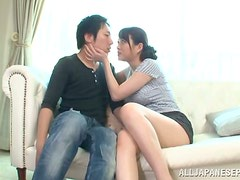 Akari Hoshino makes out with her man and plays with his dick