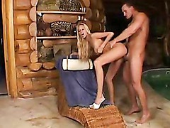 Jennifer Morante recieves a a cumload of jizz on her mouth