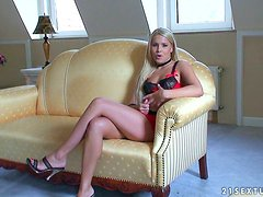 Brandy Smile the cute blondie gives an interview